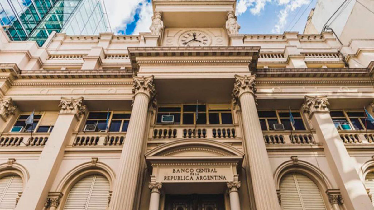 El Banco Central volvió a bajar la tasa mínima de Leliq a 52%   InfoRegión